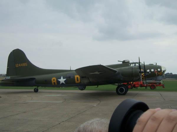 B-17 Sally B taxiing